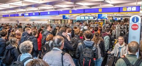 D66 pleit voor open poortjes in NS-tunnel Zwolle