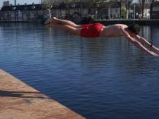 Tilburg: ruimte voor zwemmen in Piushaven