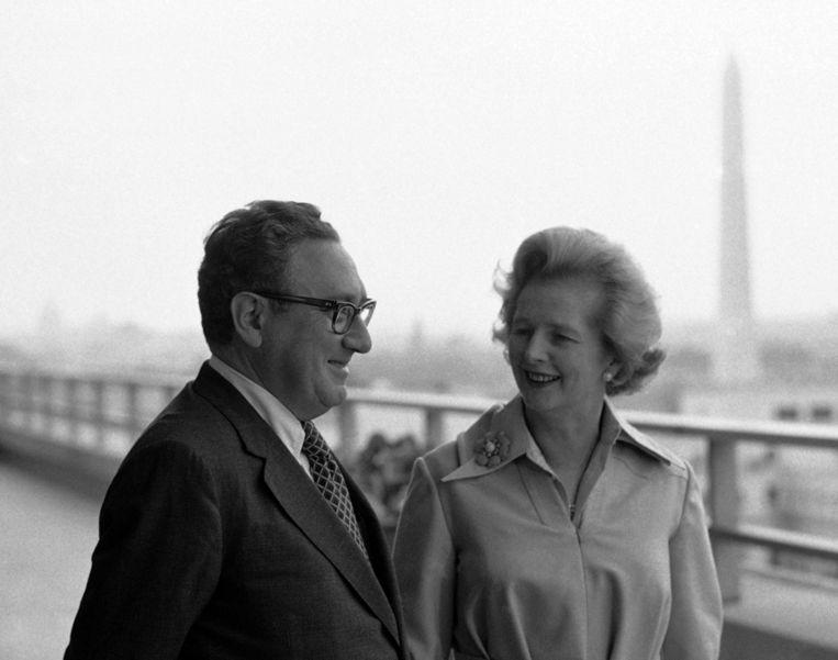 Henry Kissinger en Margaret Thatcher in Washington, 18 september 1975. Beeld ap