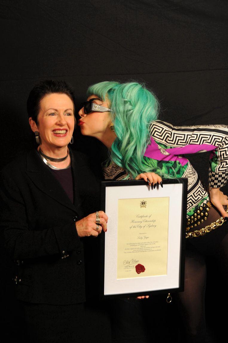 Burgemeester Clover Moore, hier met Lady Gaga.