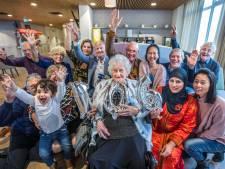 Voorburgse Ria (106) geeft tips om oud te worden: 'Gewoon blijven ademhalen'