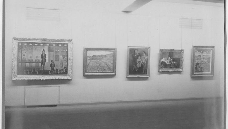 Foto's van de openingstentoonstelling van het MoMa. Beeld The Museum of Modern Art