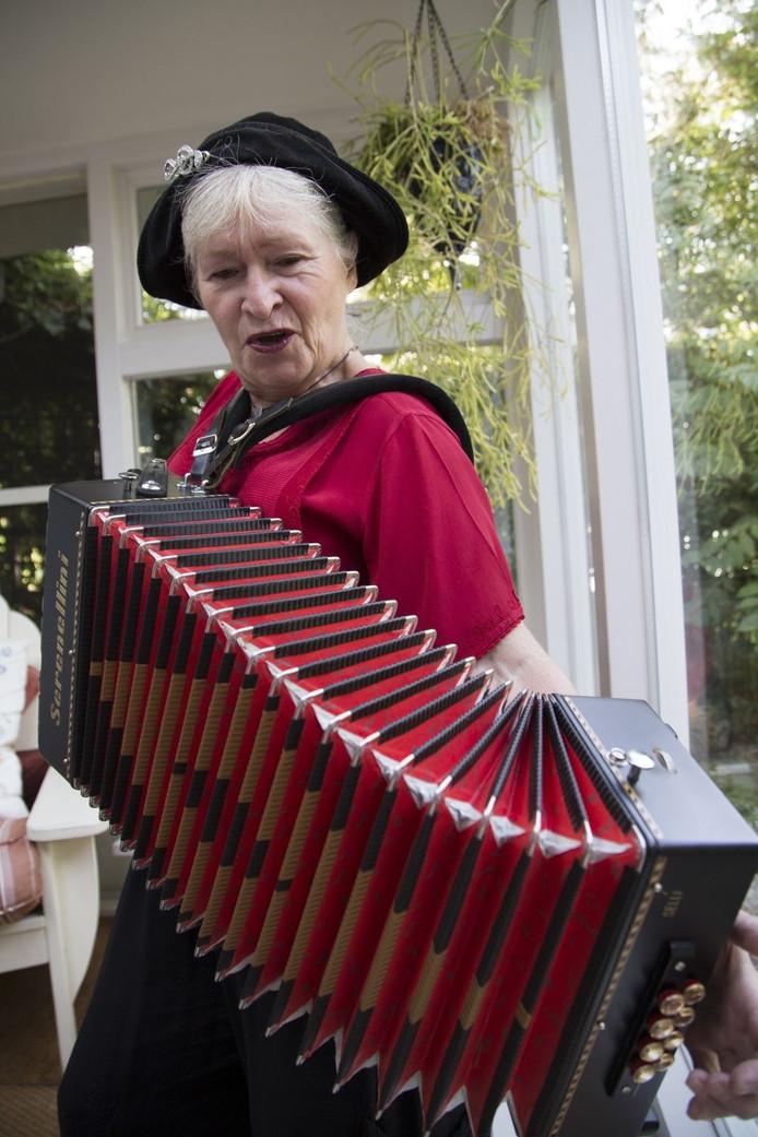 Thea van den Wildenberg.