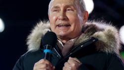 Poetin begint fluitend aan vierde ambtstermijn: met monsterzege herkozen als president