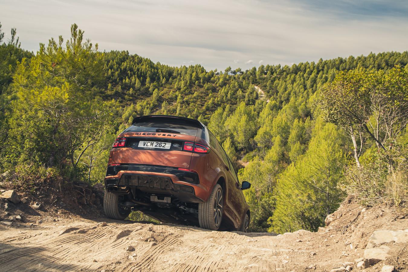 Op slecht terrein komt de Discovery Sport verder dan je denkt
