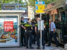 Jongen (15) in zij gestoken in Rotterdam Lombardijen; één verdachte (14) aangehouden