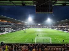 Hetty uit Nijverdal zegt ja op middenstip Polman Stadion