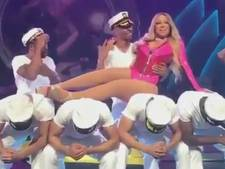 Mariah Carey doet weinig moeite bij optreden