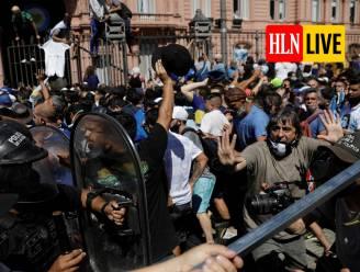 KIJK LIVE. Begrafenisstoet is vertrokken, lichaam Diego Maradona wordt naar laatste rustplaats gebracht