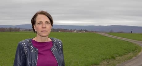 Froukje bezoekt gevangenen over de grens: 'Tranen in hun ogen als ik vertrek'