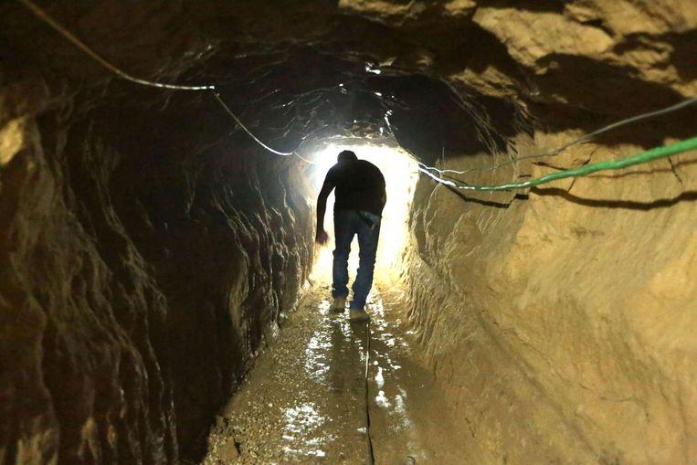 Een smokkeltunnel die de Gazastrook met Egypte verbindt. Beeld null