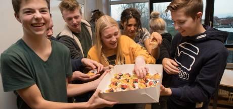 Leerlingen praktijkonderwijs in Raalte smaken alvast zoet van diploma