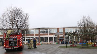 180 kleuters tijdelijk geëvacueerd door rookontwikkeling in klasje
