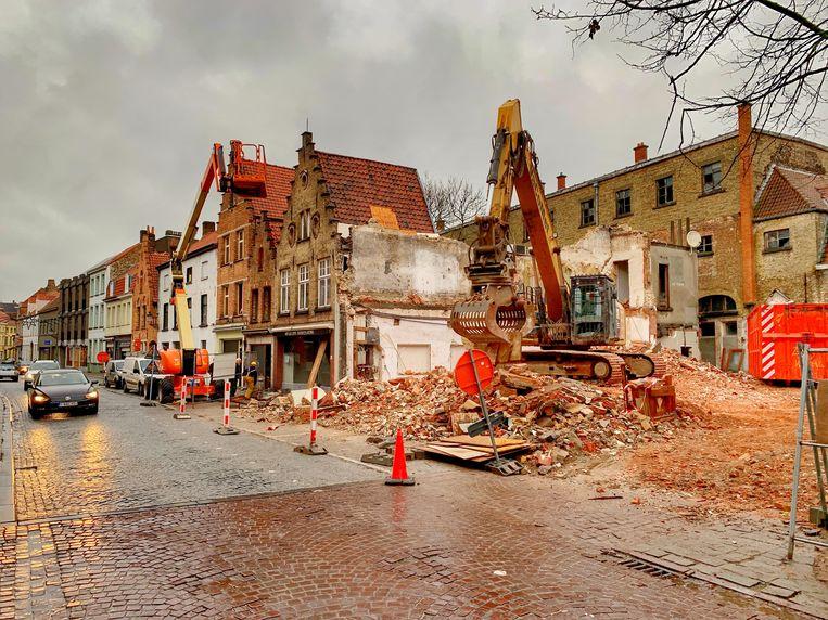 De gevel stortte naar beneden in de Ezelstraat.