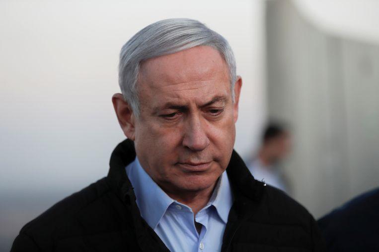 Premier Benjamin Netanyahu zondag tijdens een bezoek aan de Golanhoogte.  Beeld REUTERS