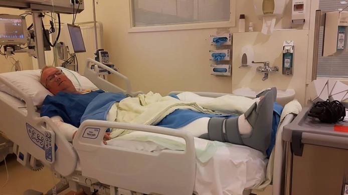 Joop van Meer in het ziekenhuis in Groningen.