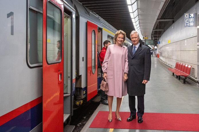 Visite d'Etat du Roi et de la Reine au Luxembourg en présence du ministre Didier Reynders et des ministres-présidents des Communautés et Régions.