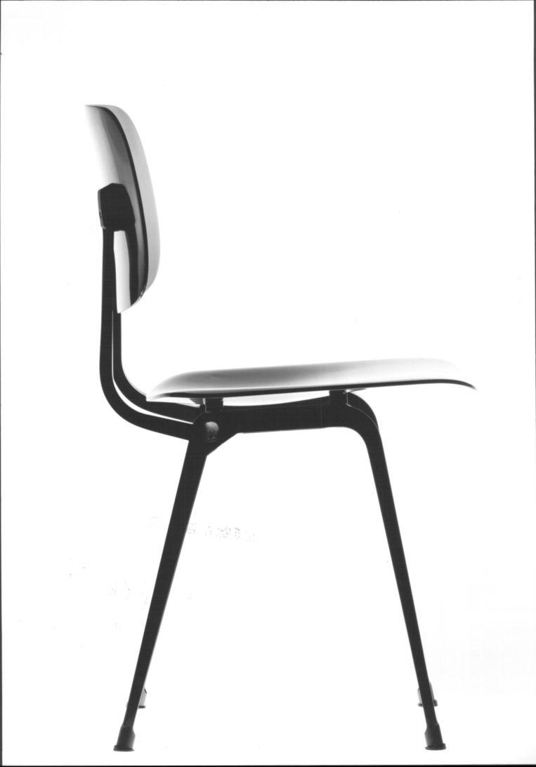 De Revolt-stoel van Friso Kramer Beeld de Volkskrant
