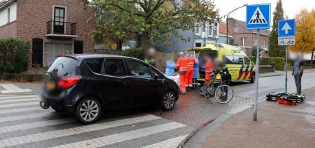 Fietser raakt gewond bij botsing met auto in Cuijk