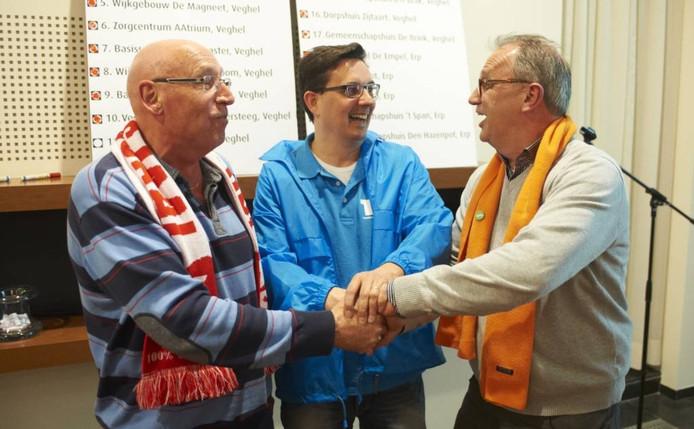 De winnaars van de Veghelse verkiezingsstrijd in 2014: Kees van Limpt (SP), Robert Elbertse (TEL) en Jan Goijaarts (CDA).