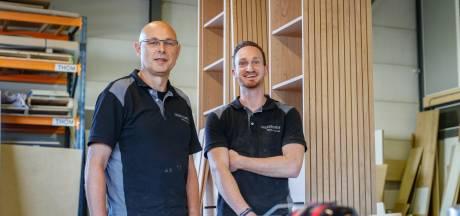 Meubelmaker, glazenier of pianotechnicus:  werkzoekenden worden ambachtslieden