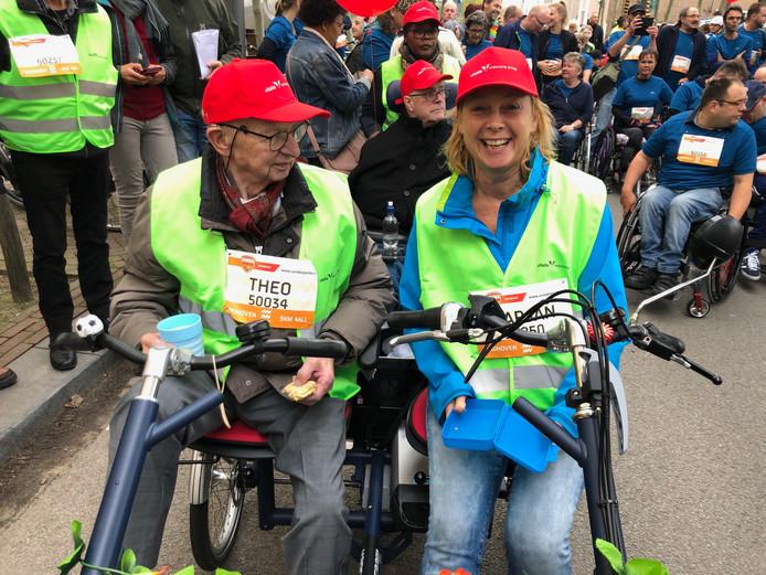 Theo Verhoeven en Marjan Jonker van Wissenhage van de 5KM4ALL van de Marathon Eindhoven.