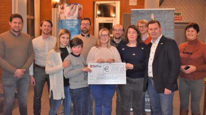 Swim 4 life klokt af op ruim 7.000 euro voor het goede doel
