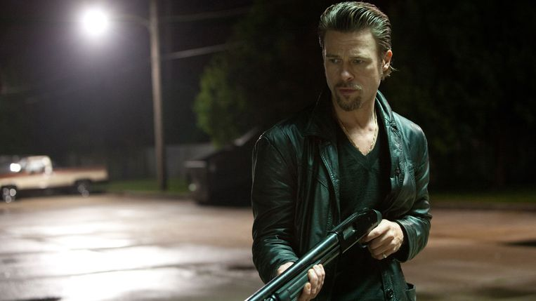 'Je dénkt dat je naar een gangsterfilm kijkt, maar tegelijk zegt de film iets over de huidige, grotere wereld.' Brad Pitt over Killing Them Softly Beeld