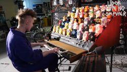 Man bouwt orgel van furby's