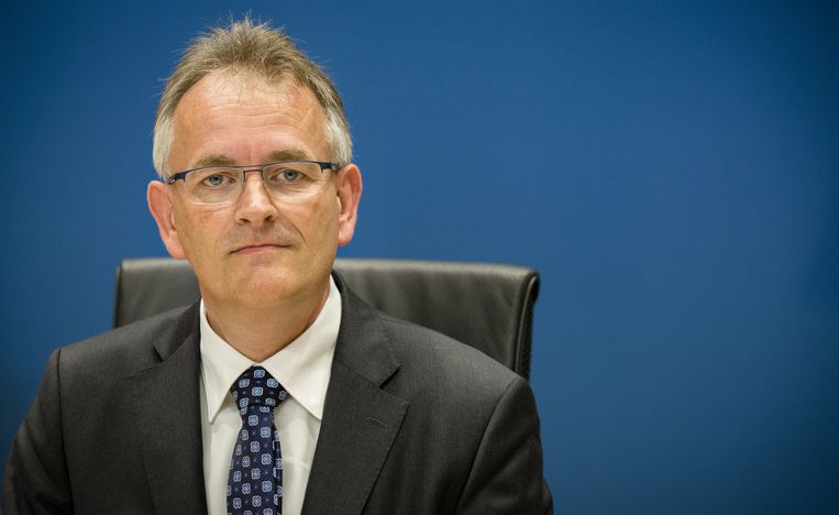 Piet Klop, voormalig accountant van Vestia bij Deloitte, verschijnt voor de Parlementaire Enquetecommissie Woningsorporaties. Beeld ANP