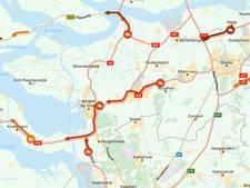 Verkeerschaos richting strand door ongevallen op A58, A59 en A29