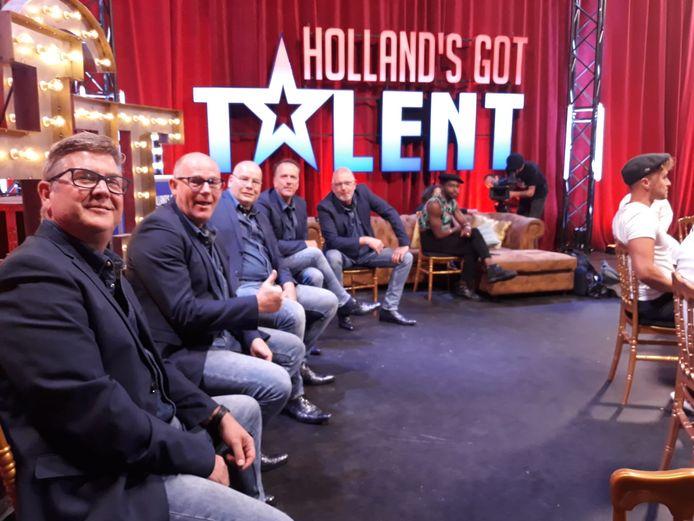 De Future Fellows in de studio van Holland's Got Talent.