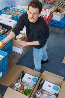 Jesse brengt boodschappenboxen rond met producten uit Meierijstad: 'Mensen worden er blij van'