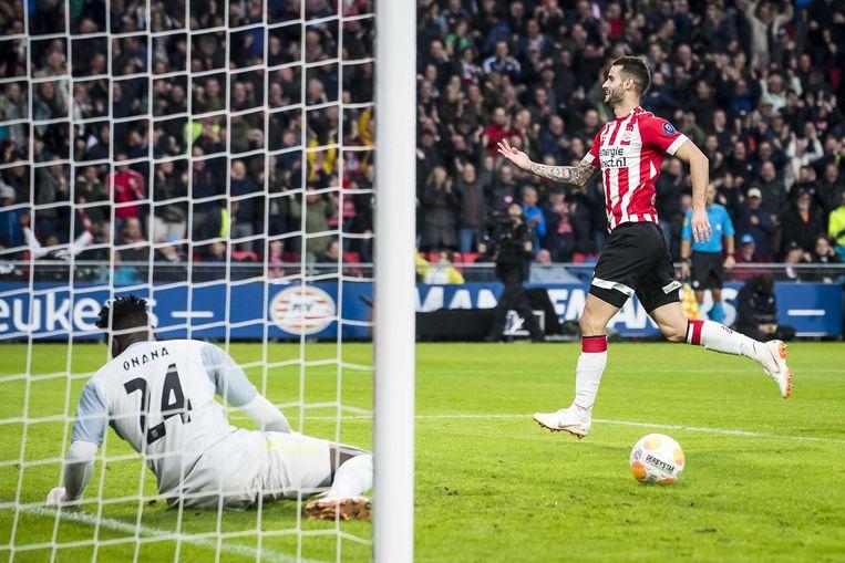 Gaston Pereiro heeft er net 1-0 van gemaakt.
