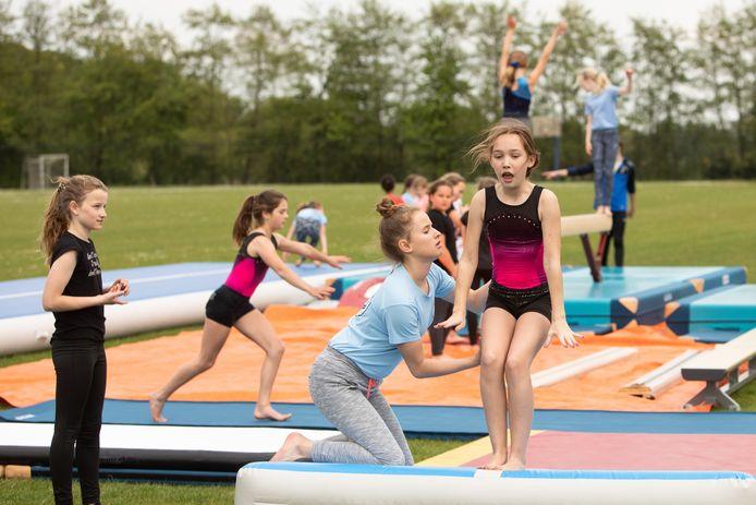 Het thema van de sportweek is dit jaar 'Sport doet iets met je'.