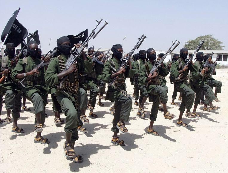Een groep al-Shabaab-strijders in Somalië. Beeld ap