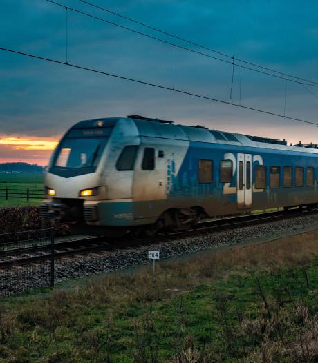 'Station Stadshagen sneuvelt als te veel forensen uit Kampen overstap missen in Zwolle'