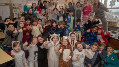 Kinderen Sint-Gertrudis in pyjama voor Bednet op nationale pyjamadag
