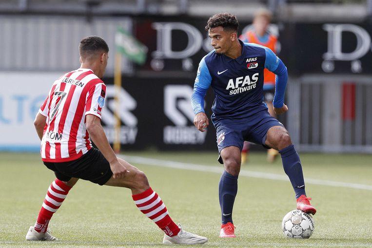 Abdou Harroui van Sparta en Owen Wijndal van AZ tijdens de Nederlandse eredivisie-wedstrijd tussen Sparta Rotterdam en AZ Alkmaar in Sparta Stadion Het Kasteel. Beeld ANP