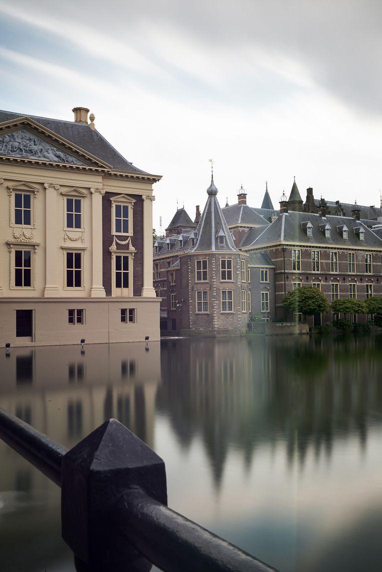 Het Torentje van de premier aan de Hofvijver. Het gehele Binnenhof moet vanaf 2018 op de schop voor een grote renovatie. Beeld anp