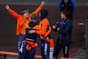 Marcel Bosker, Douwe de Vries en Sven kramer vieren de wereldtitel in Inzell.