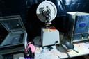 De politie heeft op een onbekende locatie in brabant met spullen uit ontmantelde drugslabs een trainingscentrum ingericht.
