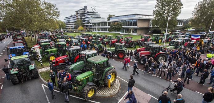 Het boerenprotest in Zwolle heeft effect, provincie schort de stikstofregels op.