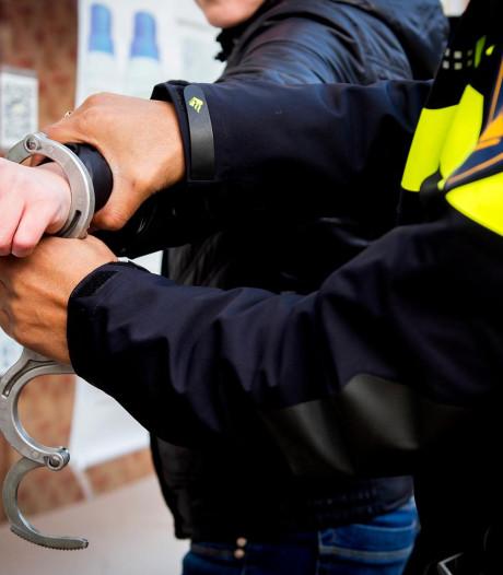 Twee arrestaties na serie inbraken in Wezep