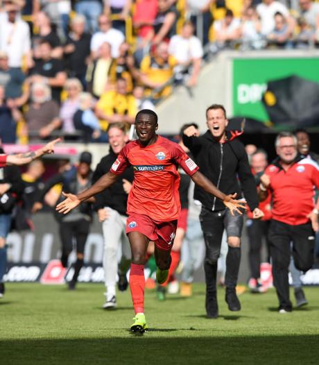 Paderborn promoveert ondanks nederlaag op doelsaldo naar Bundesliga