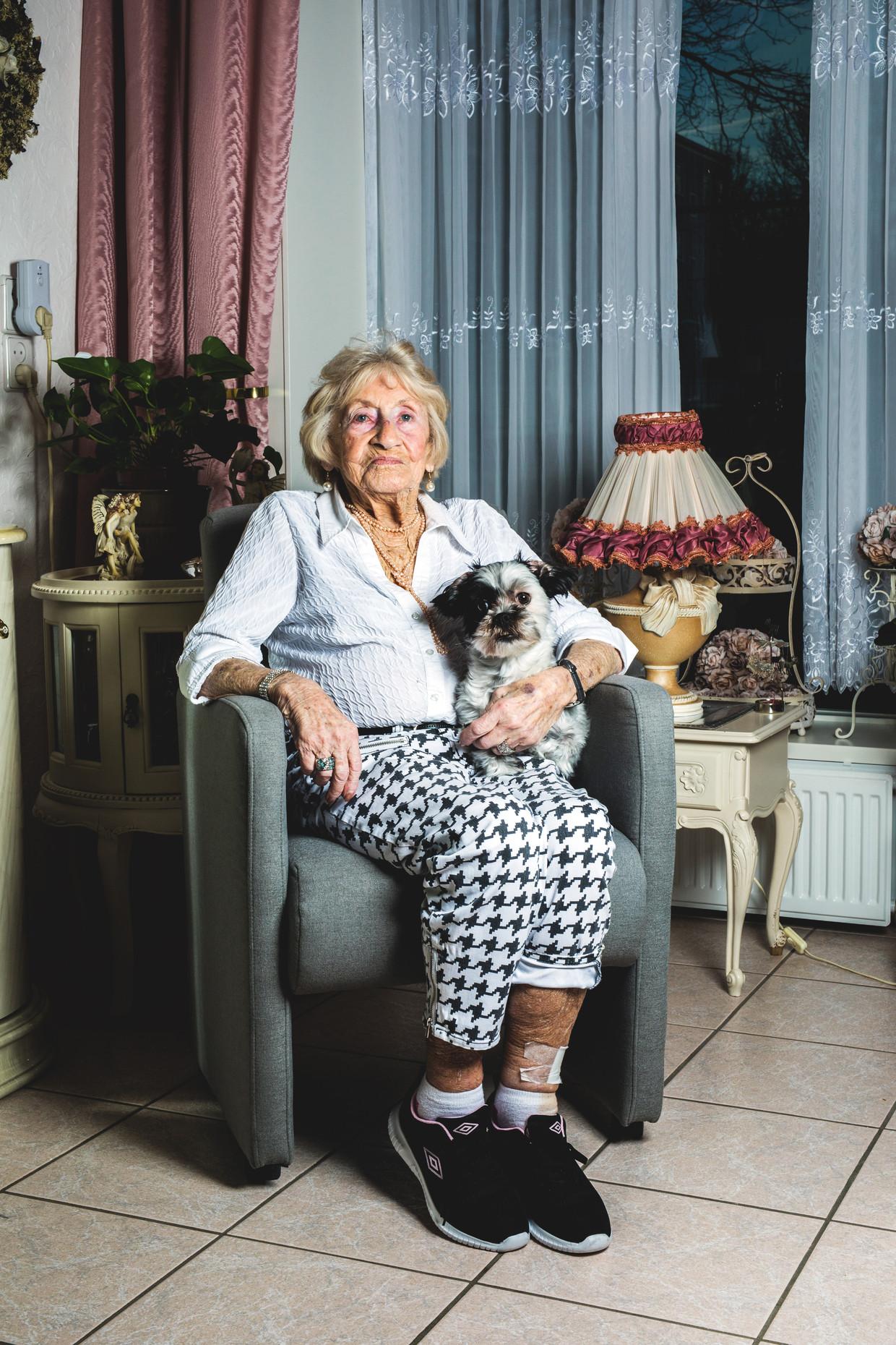 Femma Fleijsman: 'Mijn moeder vroeg me wel wat er gebeurd was, maar dan dacht ik steeds aan mijn broertje Joseph.' Beeld Marleen Kuipers