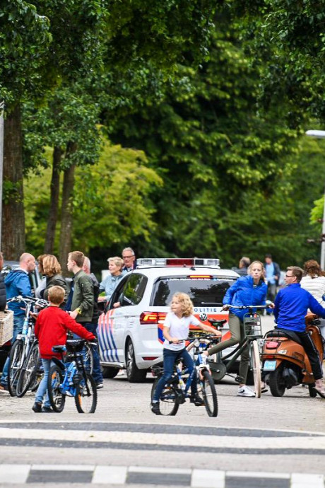 Hoe een vermist 8-jarig jongetje in no-time terecht was na grootschalige zoekactie in Alphen