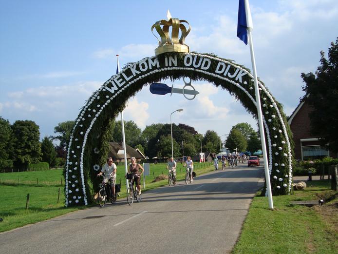 Een schuttersboog in Oud Dijk.