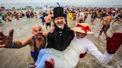 """""""Jaar gehuwd, dat vieren we in zee"""""""