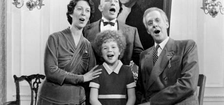 Bedenker musical Annie overleden